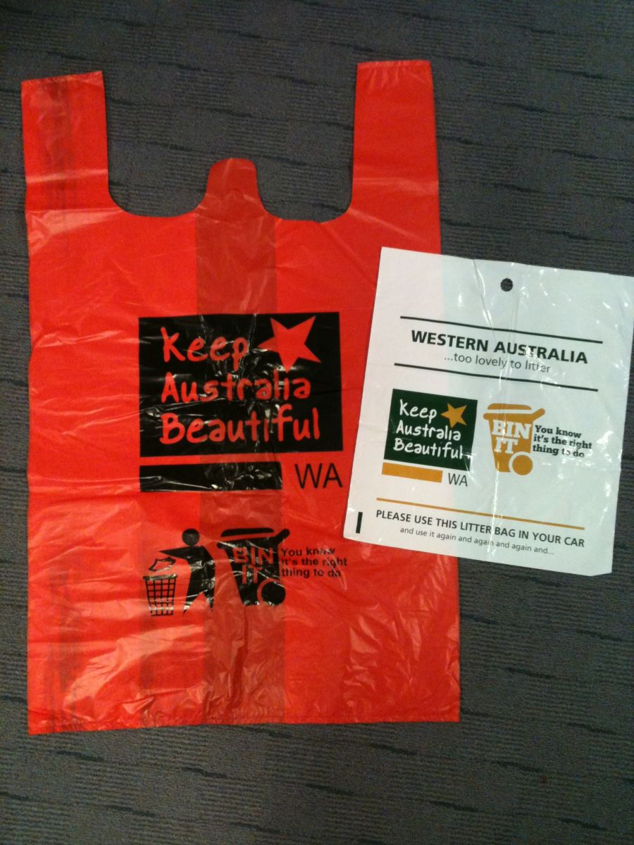 Bags And Cleanup Kits